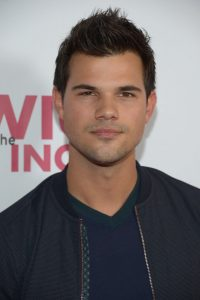 Taylor Lautner Meet and Greet 2018 Net Worth